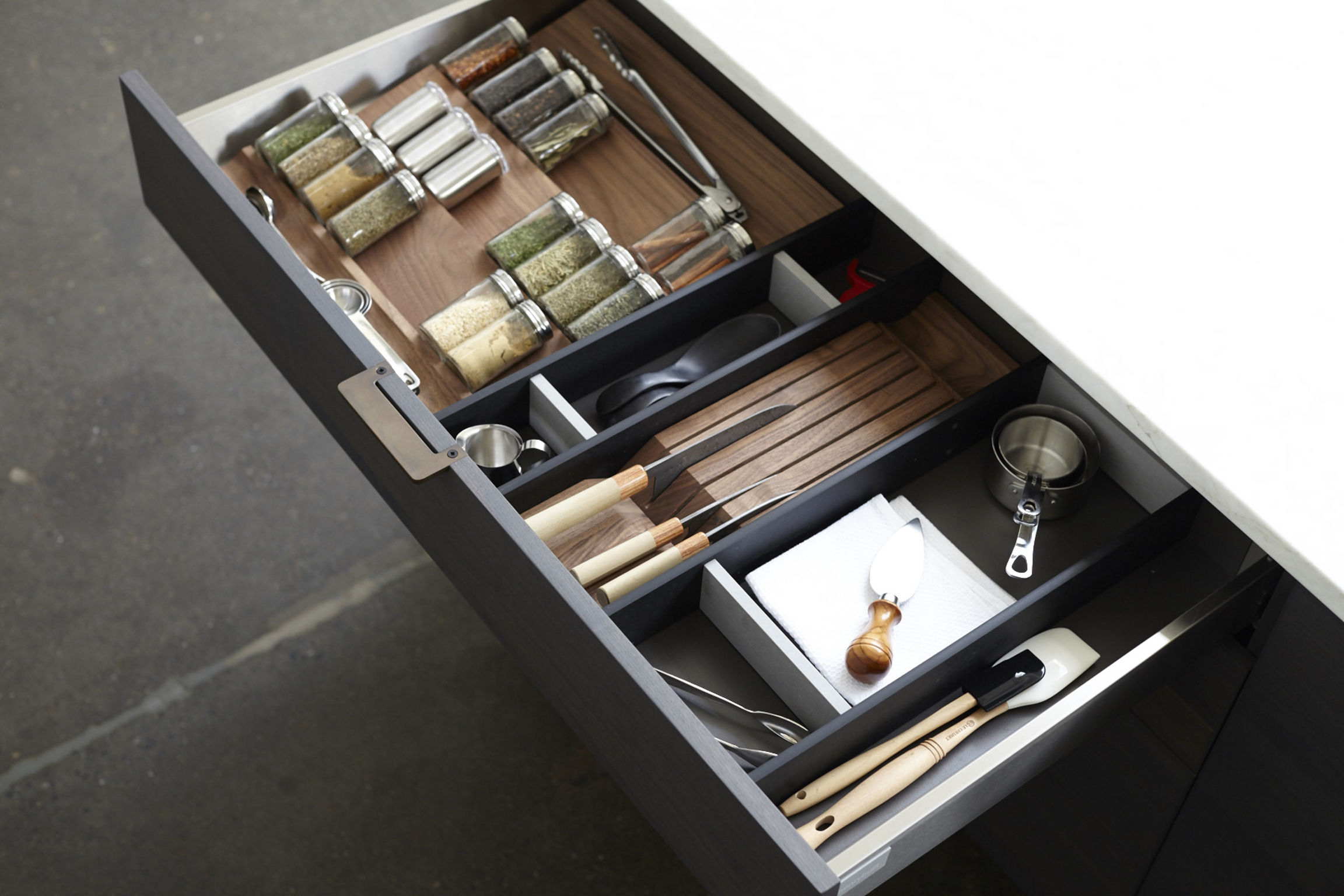 Henrybuilt Drawer Accessory System Entry If World